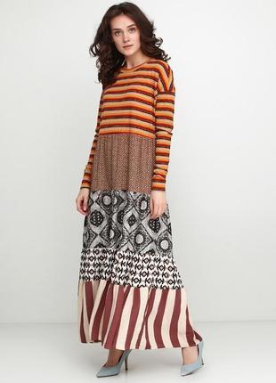 Интересное стильное платье, италия  оверсайз