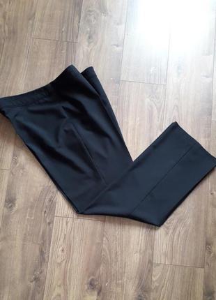 Чорні фірмові прямі класичні брюки ( f&f)