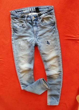 Крутые джинсы скинни мальчику h&m 146 в хорошем состоянии