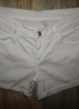 Пудровые шорты р-р м бренд mango