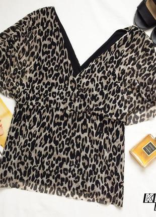 Летняя легкая блузка леопардового дизайна