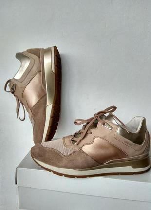 Фирменые кроссовки сникеры geox respira,39размер