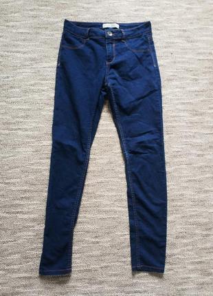 Синие джинсы bershka
