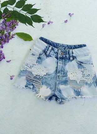 Стильные джинсовые шорты варёнки с кружевом на высокой посадке от denim co