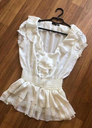 Белая легкая блуза с большим вырезом tally weijl