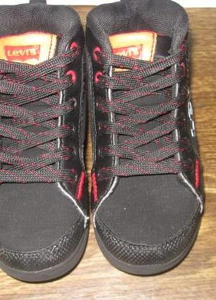 Ботинки levis р.263 фото