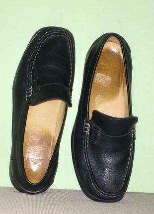 Легкие туфли из натуральной кожи