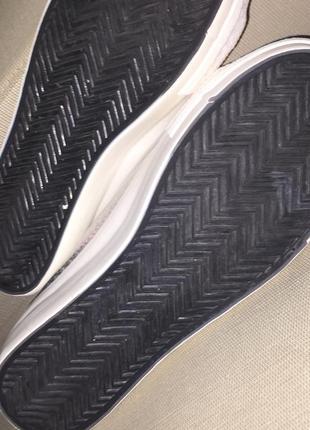 Кеды на высокой толстой белой подошве.галограмма.серебристые хамелеон.4 фото