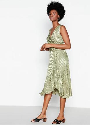 Обалденное вискозное платье миди имитация запаха цвет оливы