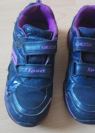 Кроссовки geox светящиеся на девочку