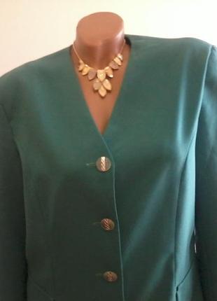 Зеленый пиджак l
