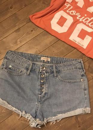 Крутые джинсовые шорты river island 12 с рваностями