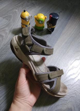 37,5 clarks сандалии босоножки