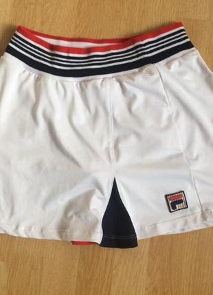 Отличная юбочка с внутренними шортиками, для занятий спортом, fila