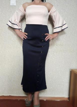 Красивое платье c. b. r.