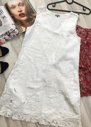 Красивое белое платье лён