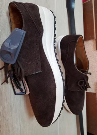 Коричневые замшевые кроссовки,полу ботинки massimo dutti