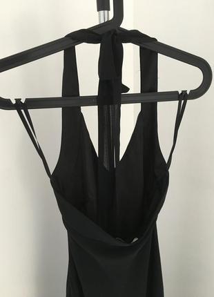 Вечернее длинное черное платье за шею с воланами6 фото