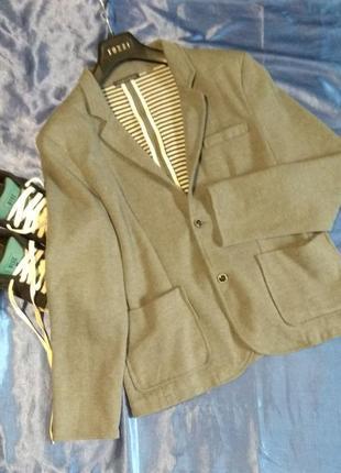 Модный стильный пиджак zara man
