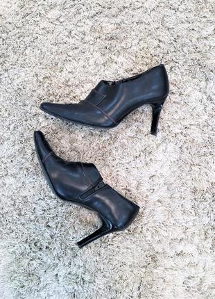 Туфли ботильоны полуботинки черные на каблуках markо, 38 р.