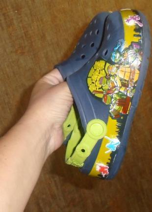 Crocs кроксы j-1