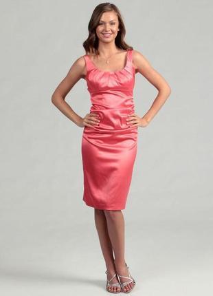 Очень красивое и актуальное платье на лето в красивом цвете!