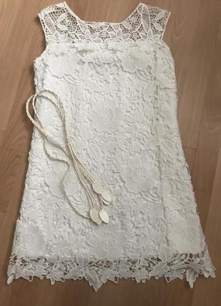 Білосніжна мереживна сукня!розмір хс