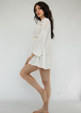 Пляжное платье короткое белое на длинный рукав2 фото