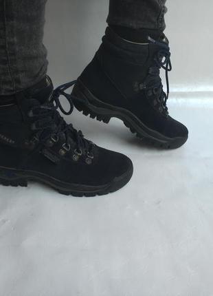 Трекінгові черевики everest,37 р , ипания ,кожа ,оригинал