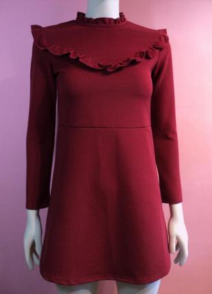 Платье рюшами воланами мини короткое длинным рукавом марсала бордовое теплое зимнее