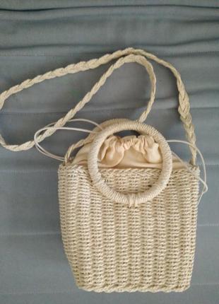 Соломенная плетеная сумка с круглой ручкой
