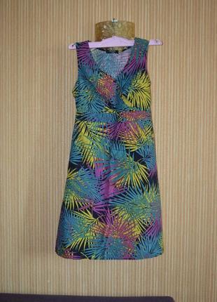 М/38/10 . летнее платье с экзотическими листьями. george