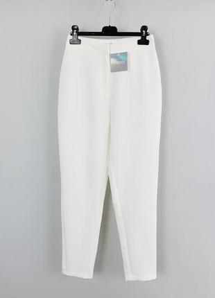 Белые  укороченные брюки сигареты на высокой посадке s/m missguided