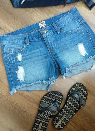 Брендовые джинсовые шорты р.28(м)
