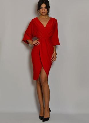 Красное платья на запах