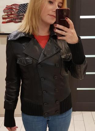 Кожаная демисезонная куртка lacoste