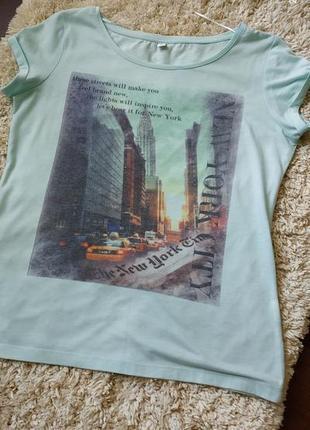 Стильная футболка zolla