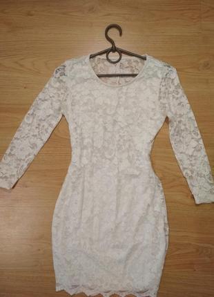Белое платье гипюр