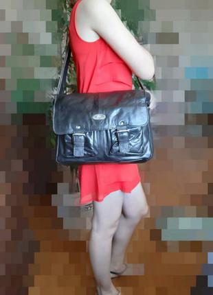 Кожаная мужская черная вместительная сумка кроссбоди фирмы rowallan в новом новом сост3 фото