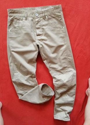 Брендовые мужские джинсы брючки jack&jones где-то на 32, 33 в прекрасном состоянии.