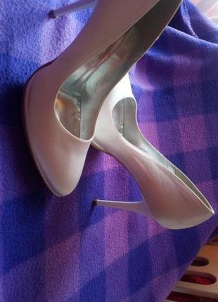 Весільні туфлі от vera pelle