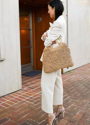 Трендовая соломенная сумка с деревянной ручкой2 фото