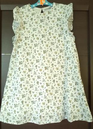 Летнее батистовое платье