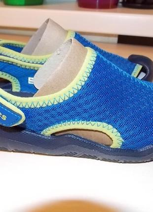 Фирменные сандали сrocs swiftwater