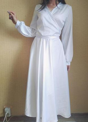 Белое платье на запах шёлковое1 фото