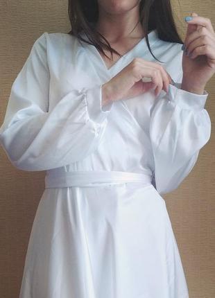 Белое платье на запах шёлковое2 фото