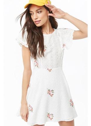 Шикарное летнее кружевное нарядное фактурное вышитое платье цветы