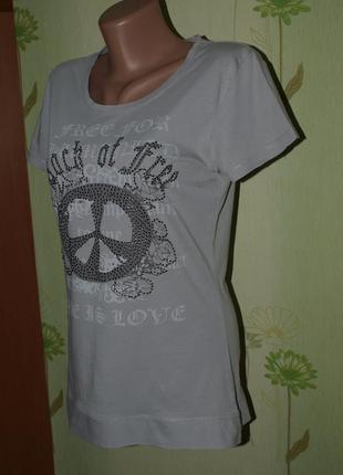 Замечательная лёгенькая удлинённая  футболка  m-s
