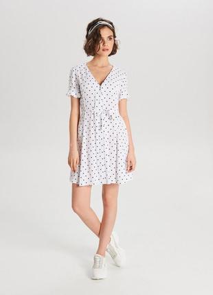Продам новое женское летнее тонкое платье сарафан в горошек