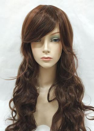 Парик волнистый светло-коричневый с косой челкой 70см 3602